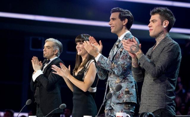 X-Factor-8-Giudici-in-piedi-per-Francesco-De-Gregori