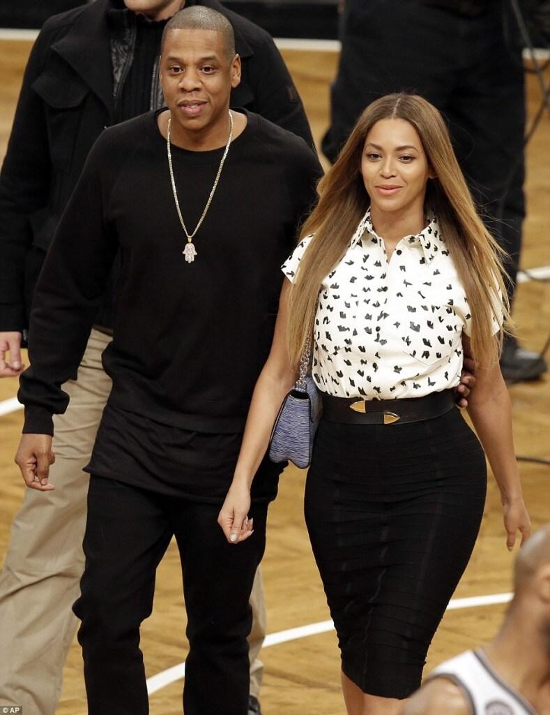 Beyoncé-e-Jay-Z-conhecem-Kate-Middleton-e-Príncipe-William-em-jogo-de-basquete-nos-EUA-6