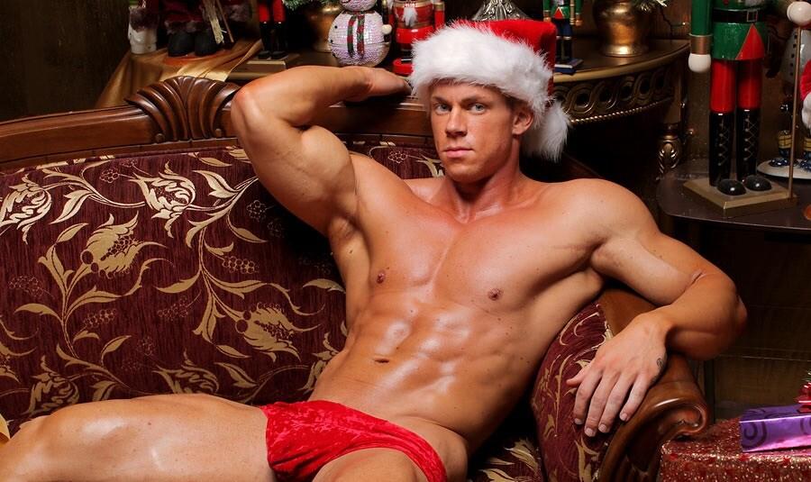 Hot-Santa-Claus-Hunks-Sexy-2011-Christmas-006