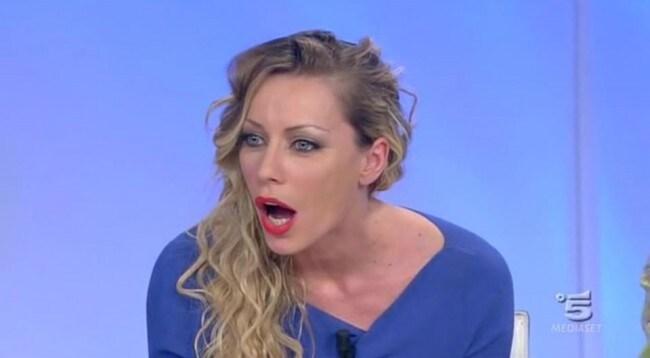 Karina-Cascella-vicina-a-Salvatore-Angelucci-ma-ancora-divisi