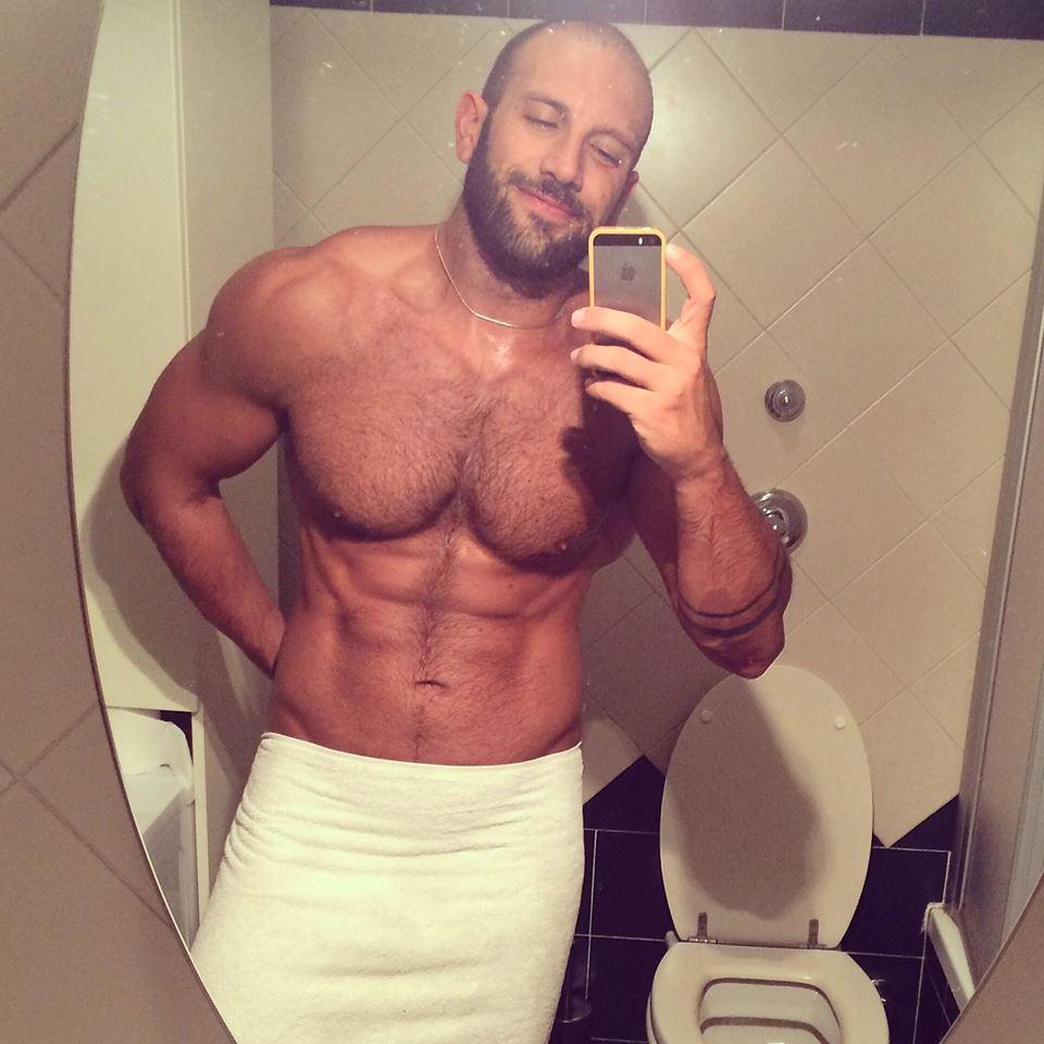 Roberto Bertolini Personal Trainer fisico muscoli nudo pechino express (3)
