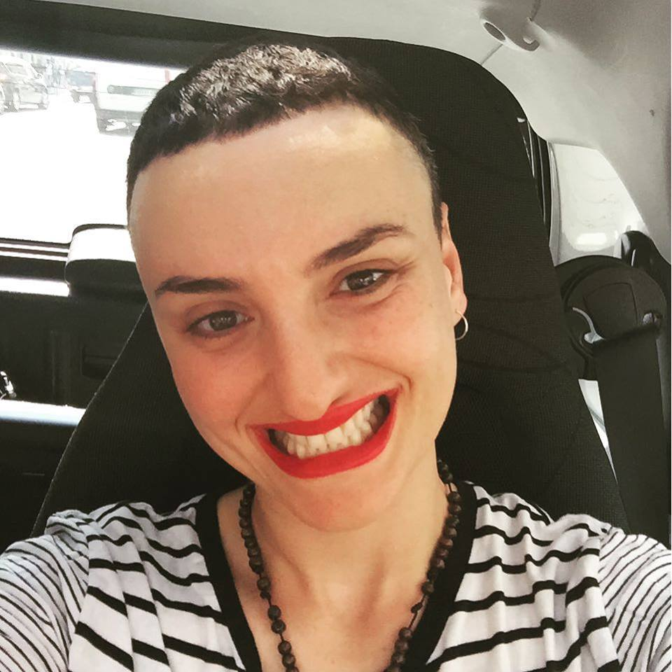Nuovo taglio di capelli vip
