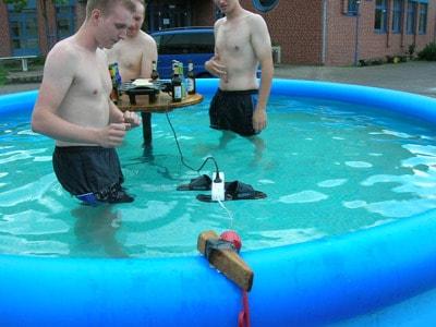 pool-dead