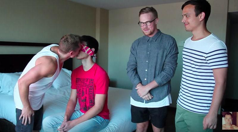straight-gay-guy-kiss-kissing