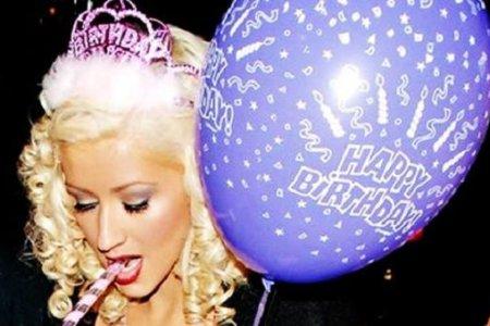 christina aguilera compleanno
