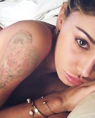 belen tatuaggio stefano