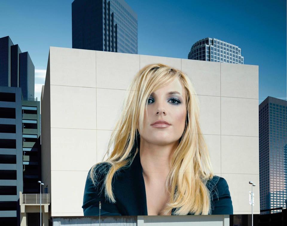 Britney Spears Emma Marrone (4)