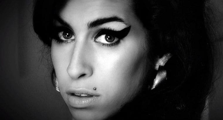Amy-Winehouse-dead-death-video-