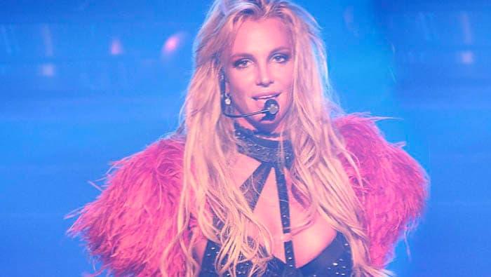 Britney-Spears-VMA-2016-video