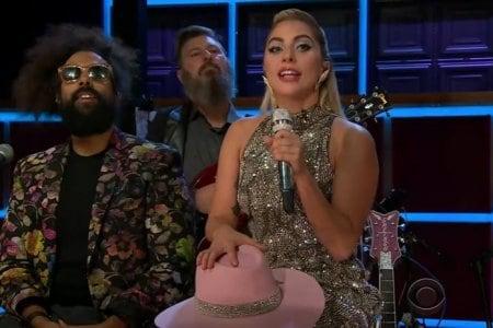 Lady Gaga canta A-YO al The Late Late Show (VIDEO)