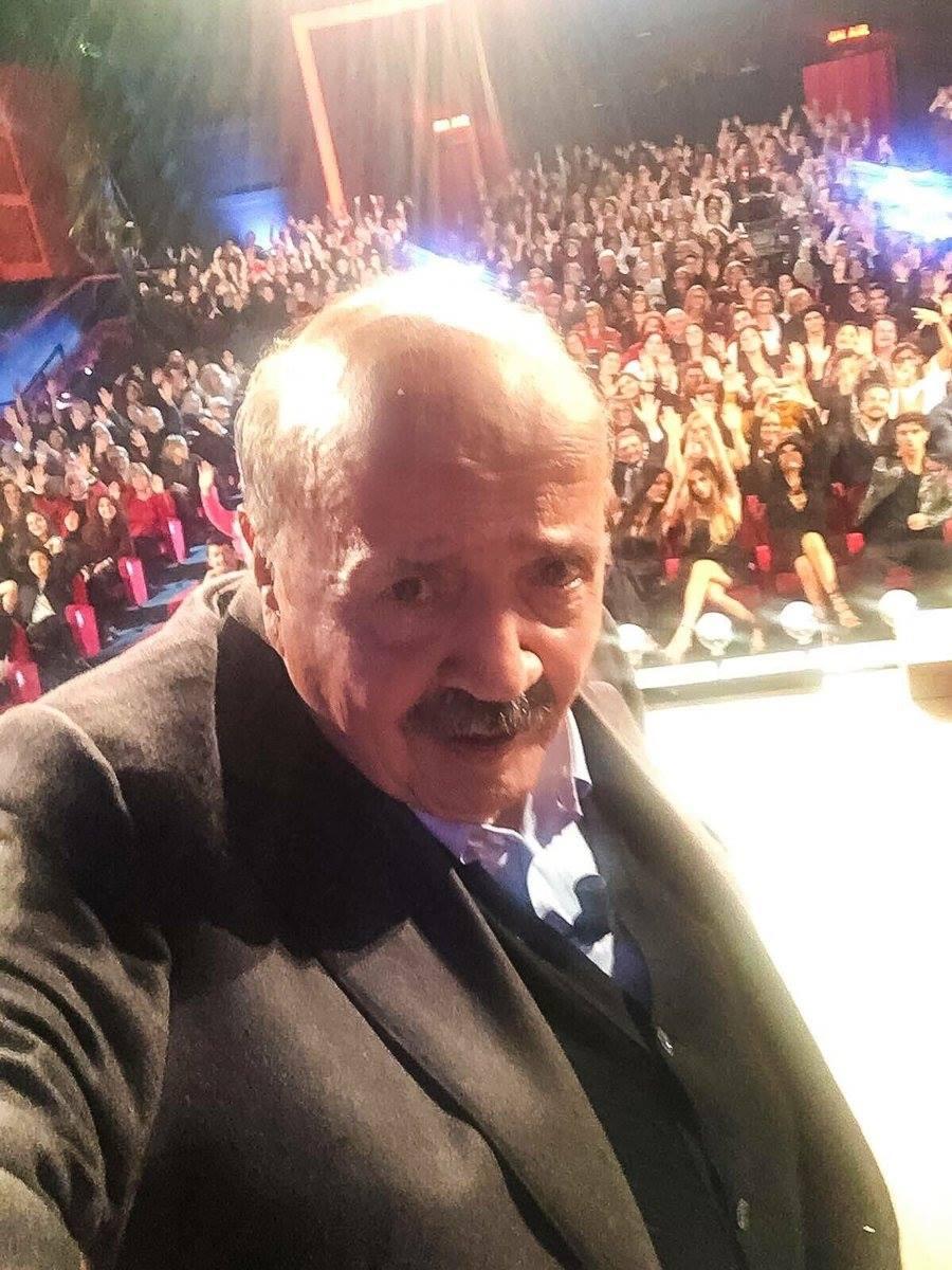 maurizio-costanzo-selfie