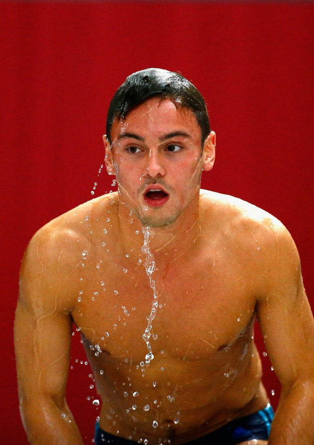 tom daley red water swimming