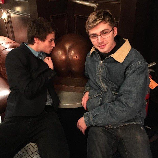 Brandon Flynn e Miles Heizer 3