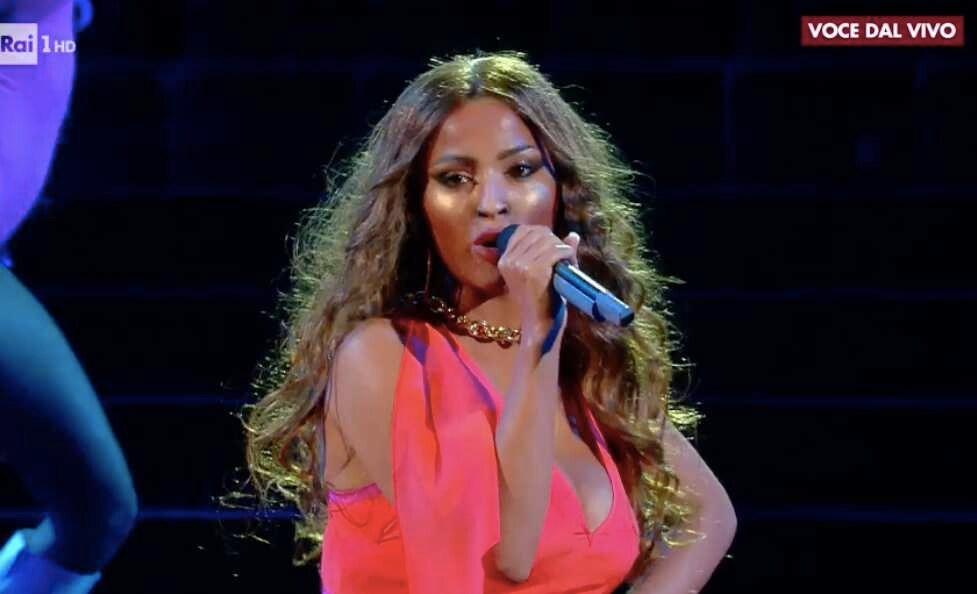 Alessia Macari Beyonce
