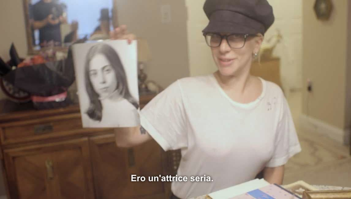 Lady Gaga Madonna Five Foot Thow 3