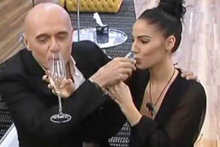 alfonso signorini giulia de lellis bicchiere