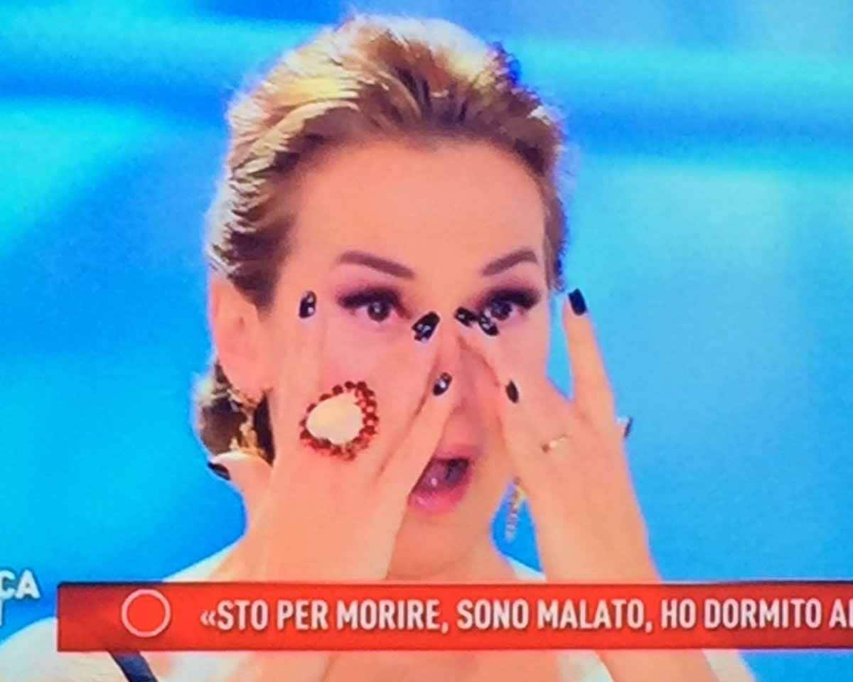 Barbara d'Urso piange domenica live