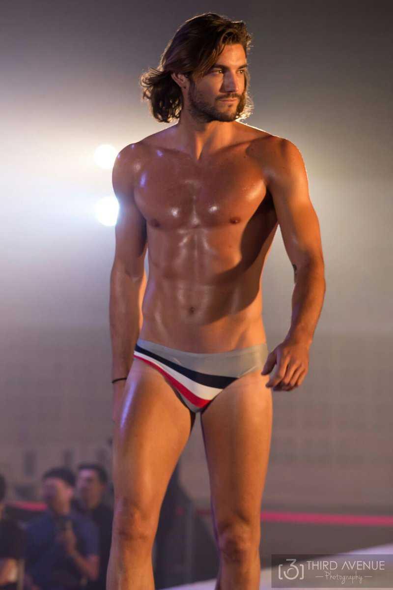 Logan Sampedro (4)