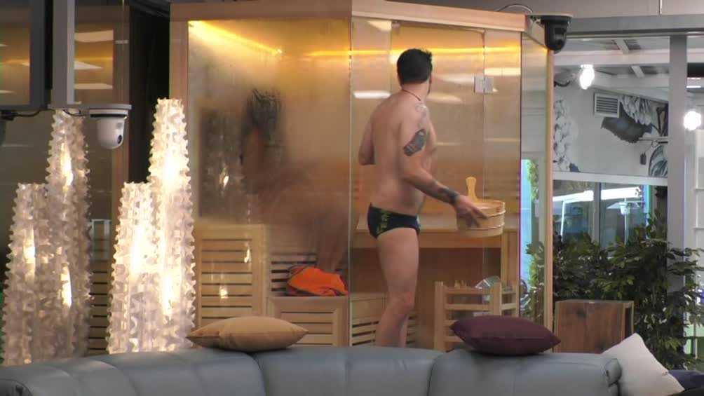 grande fratello doccia uomini (2)