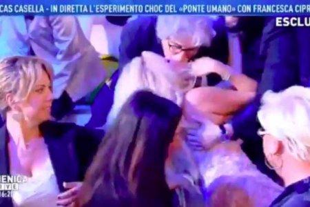 Francesca Cipriani Domenica Live Ipnosi