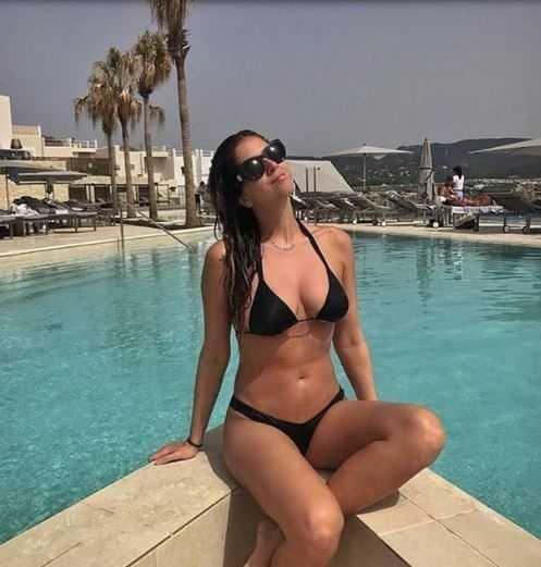 Chiara Ferragni Ibiza Amiche Grasse (4)