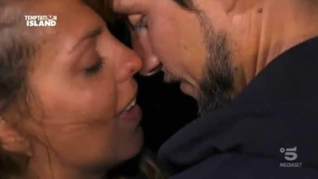 Martina e Andrew Temptation Island (2)