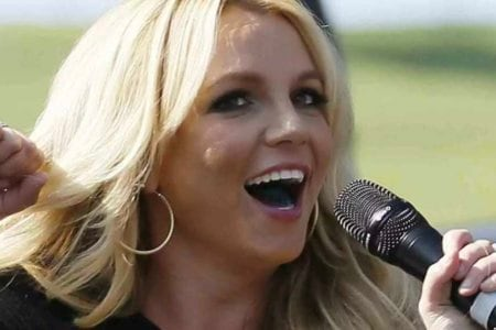 britney natural woman sing live video