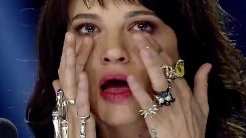 asia argento piange ad x factor
