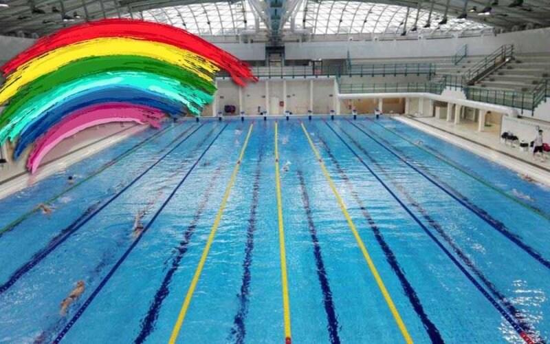 nuotatore gay