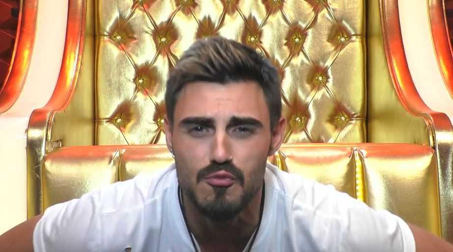 Francesco Monte bacio