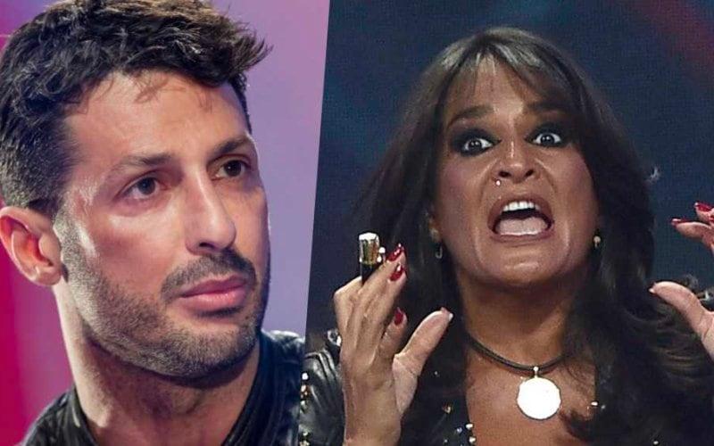 Aida Nizar offende Fabrizio Corona.