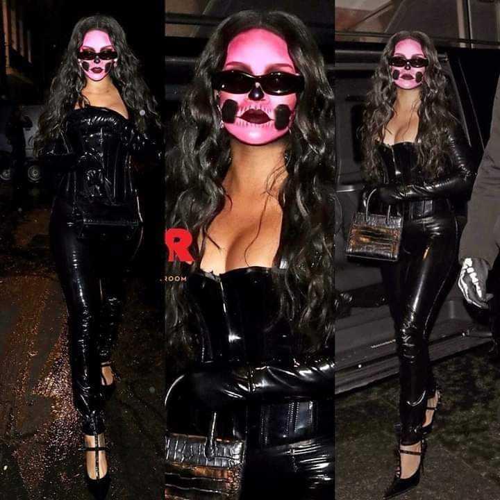 halloween rihanna pink