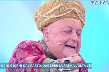 divino otelma vladimir luxuria domenica live video