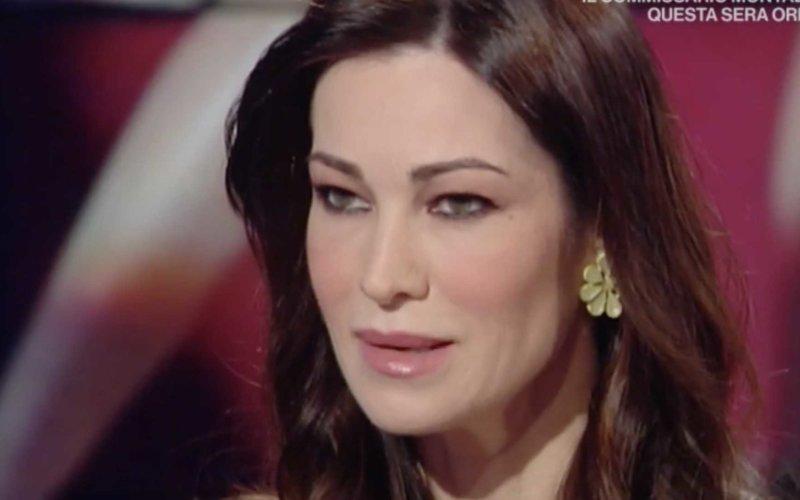 Manuela Arcuri Simone Coppi