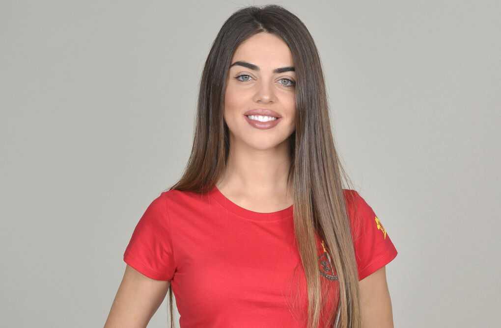 Violeta-concursante-Supervivientes_1239486079_13365909_1020x669