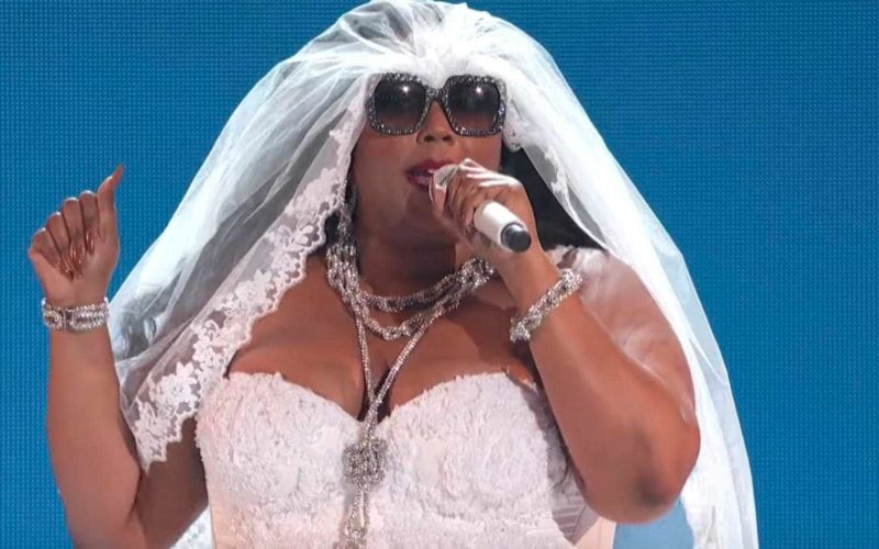 bet awards lizzo Truth Hurts