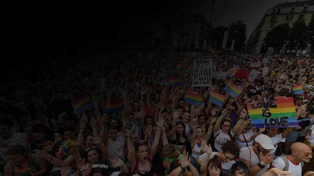 gay pride torino omofobia bar