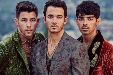 jonas brothers happyness album debut sales