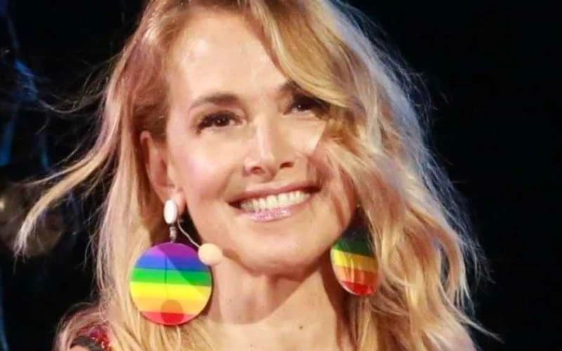 barbara durso gay cagliari omofobia mediaset