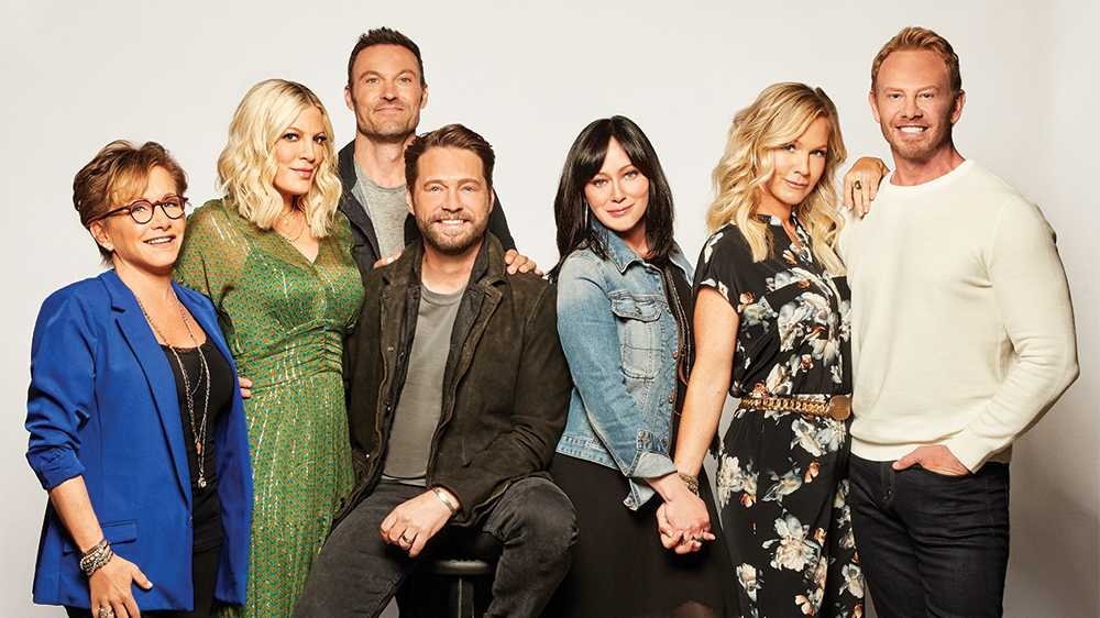 BH90210:  L-R:  Gabrielle Carteris, Tori Spelling, Brian Austin Green, Jason Priestley, Shannen Doherty, Jennie Garth and Ian Ziering.  BH90210, the highly anticipated new six-episode event series, will premiere Wednesday, Aug. 7 (9:00-10:00 PM ET/PT) on FOX.  ©2019 Fox Media LLC Cr: Brian Bowen Smith/FOX