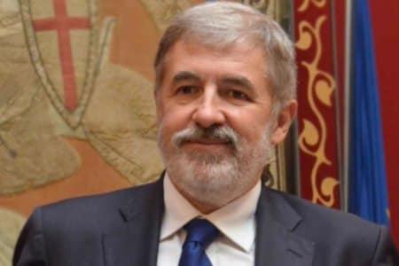 Marco Bucci sindaco gatti cani Genova