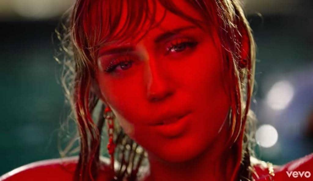 Miley Cyrus Slide Away