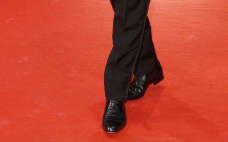 gay attore coming out red carpet hollywood