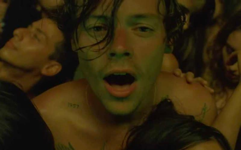 Harry Styles singolo Ligjts Up gay video
