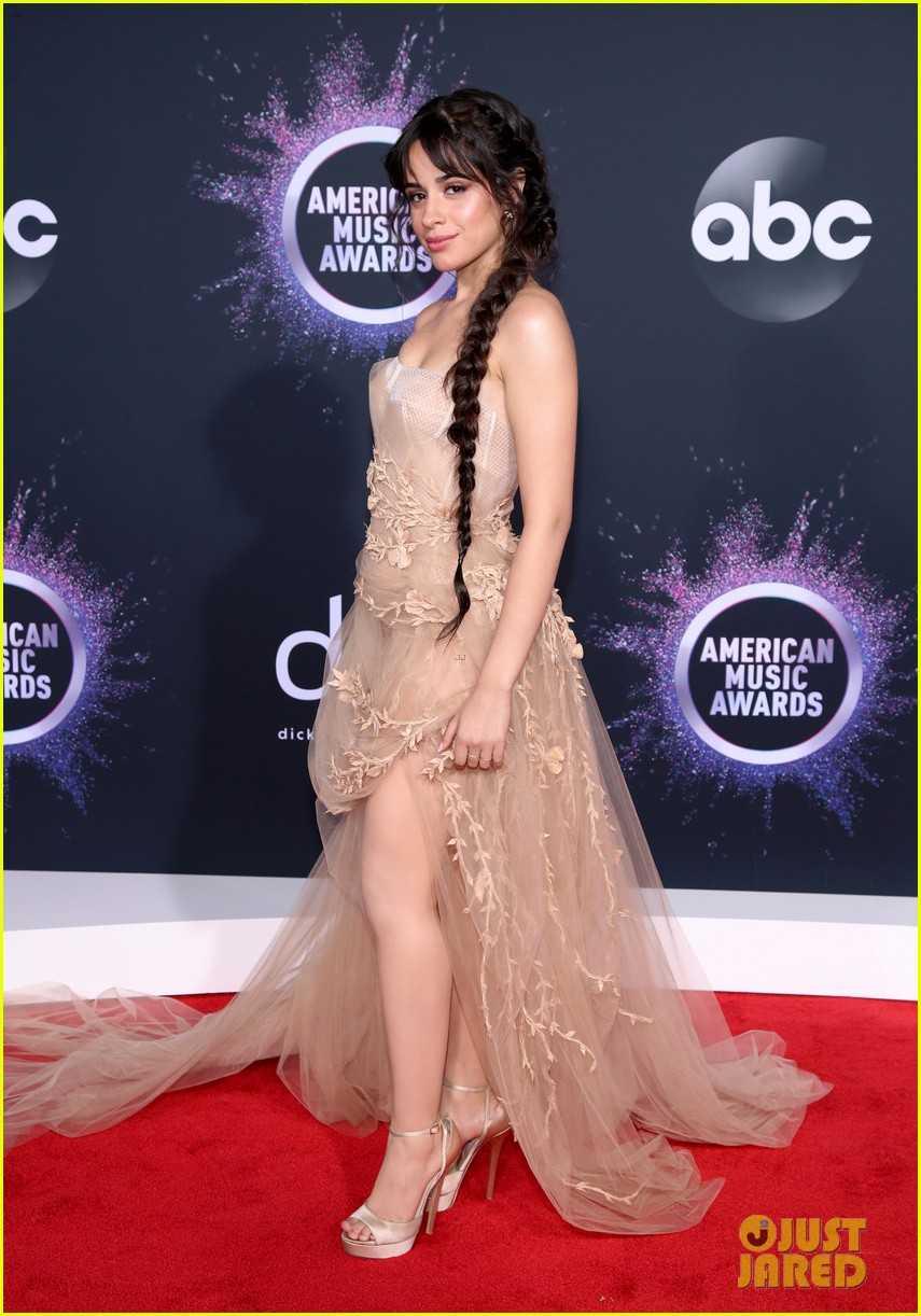 camila-cabello-american-music-awards-2019-05
