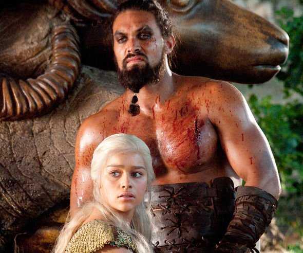 Il Trono di Spade, Emilia Clarke litigi per spogliarsi: