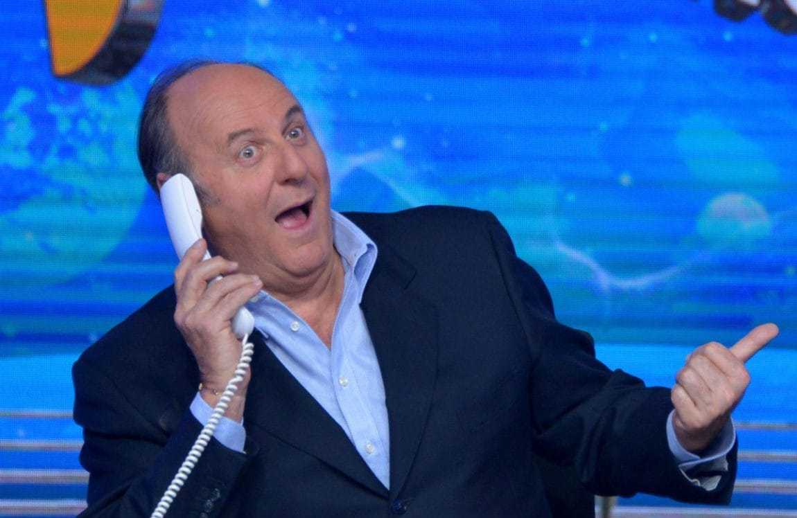 """Gerry Scotti: """"Amadeus mi voleva a Sanremo"""" e si candida all"""
