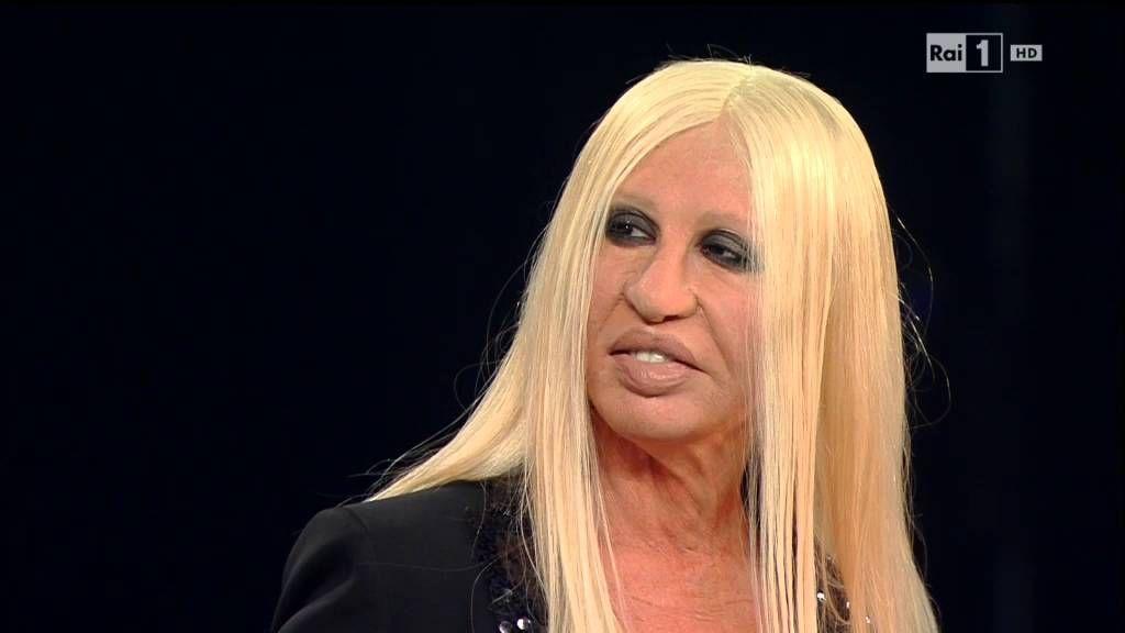 Lady Gaga sarà il volto del nuovo profumo di un noto marchio