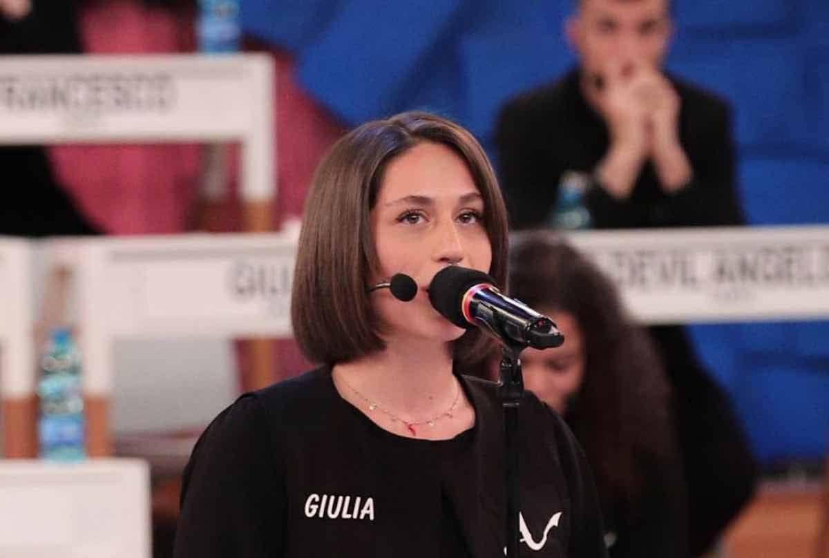 Giulia Molino a Uomini e Donne prima di Amici 19 per Luca Onestini