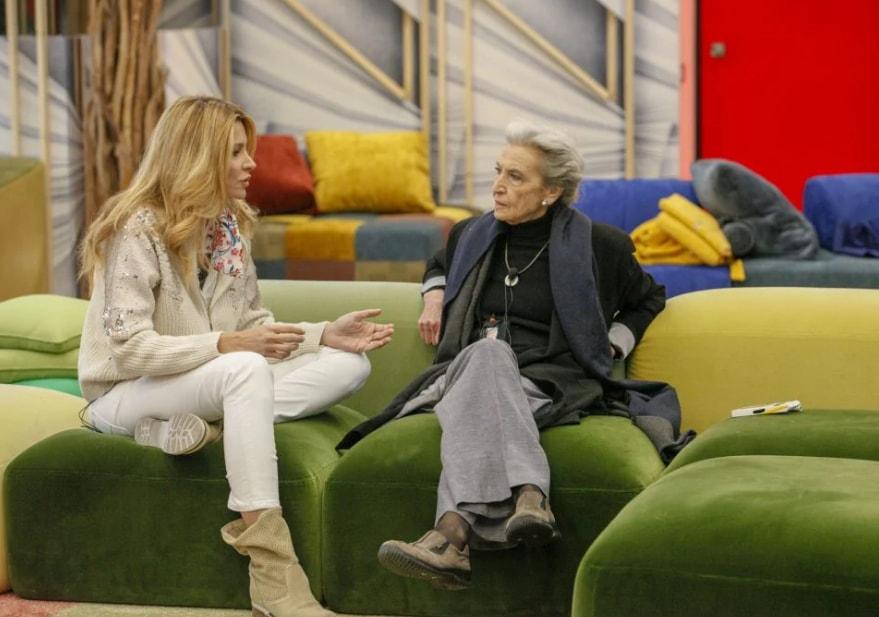 Grande Fratello Vip, Adriana Volpe parla di Giancarlo Magalli con Barbara Alberti